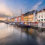 nyhavn området i københavn