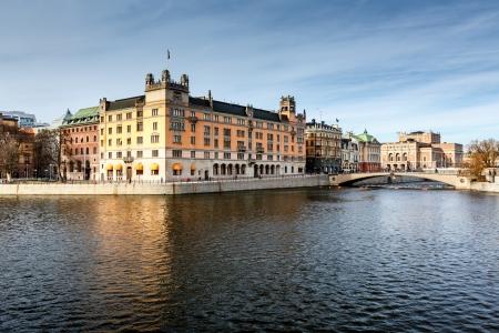 stockholms mange kanaler