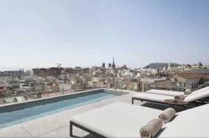 hotell med svømmebasseng barcelona