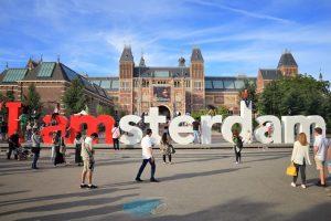 The Rijksmuseum populær severdighet i amsterdam