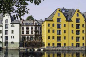 anbefalte hotell i ålesund - hotel brosundet - sett fra brosundet